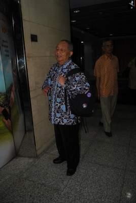 Prof. Dr. H. Moh. Surya (Nara Sumber)