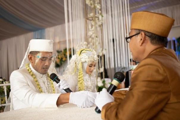 Suasana Prosesi Ijab Kabul Pernikahan Nourma Fitria Sabila dan Fendy Handika